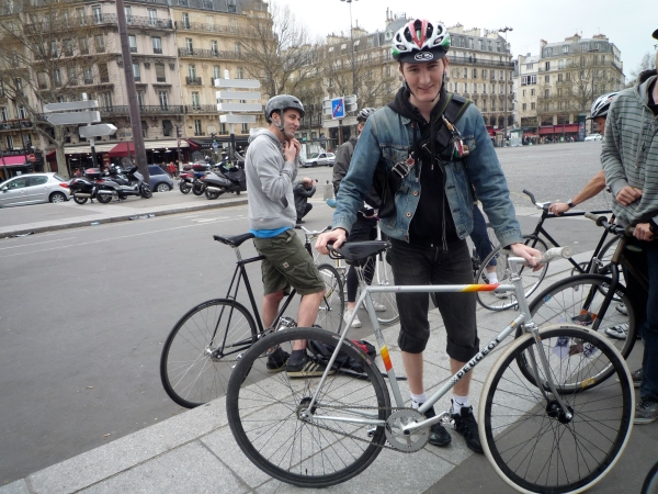 Frenchman with very good English speaking skills and a NOS Peugeot track bike.
