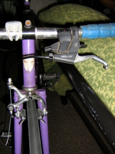I found an XT shifter/V-brake lever and took the front brake off of der Eisentraut.  Brake pad alignment looking good..